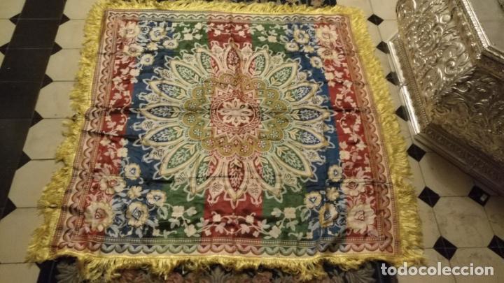 Antigüedades: gran manton mantoncillo tradicional regional brocado seda o sedina muy buen estado 130cm + fleco - Foto 14 - 150675294