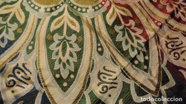 Antigüedades: gran manton mantoncillo tradicional regional brocado seda o sedina muy buen estado 130cm + fleco - Foto 15 - 150675294