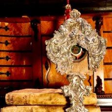 Antigüedades: RELICARIO CUSTODIA DE PLATA. S.XVIII. RELIQUIAS DE SAN JUAN BOSCO Y SAN ALFONSO. Lote 150687133