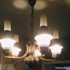 Antigüedades: LAMPARA DE BRONCE Y CRISTAL MODERNISTA. Lote 150691805