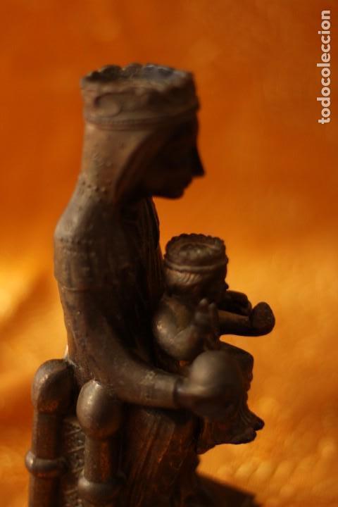 Antigüedades: FIGURA VIRGEN DE MONTSERRAT MORENETA Cataluña 22 cm MONSERRAT - Foto 4 - 213877580