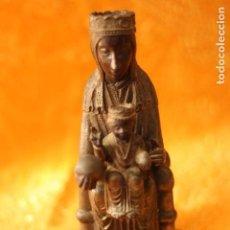 Antigüedades: FIGURA VIRGEN DE MONTSERRAT MORENETA CATALUÑA 22 CM MONSERRAT. Lote 213877580