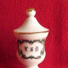 Antigüedades: TARRO DE PORCELANA DE LIMOGES. Lote 150745734