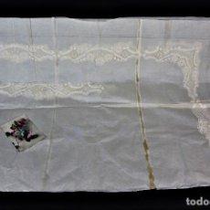 Antigüedades: T6 EMBOZO PARA SÁBANA EN ENCAJE DE BOLILLO MANUAL. Lote 150753474
