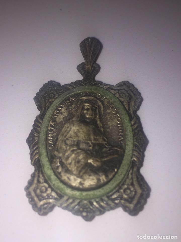 Antigüedades: Relicario santa jeanne de lestonnac contiene tela de la anterior indumentaria 4.5x2.5cm - Foto 7 - 150831265