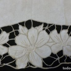 Antigüedades: ANTIGUO FRONTAL - VISILLO ART DECO - ENCAJE RICHELIEU SOBRE LINO - S.XIX. Lote 150834646
