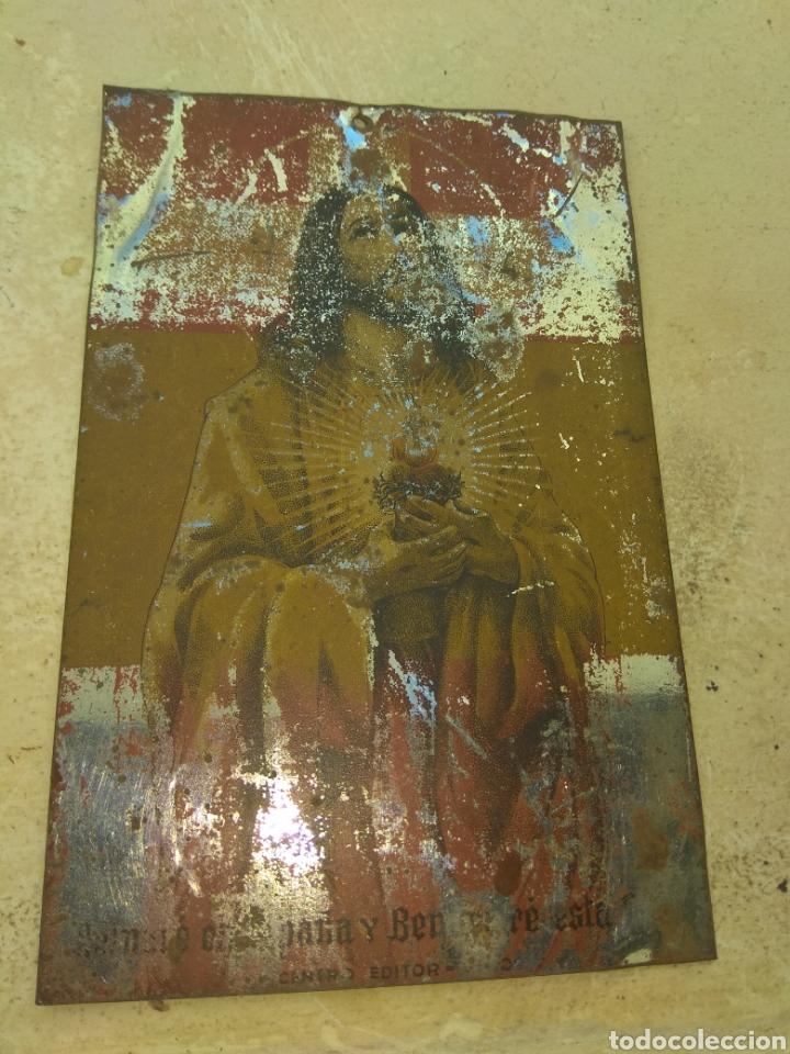 Antigüedades: Placa Metálica para Puerta Sagrado Corazón - Reinare en España - - Foto 2 - 150960992