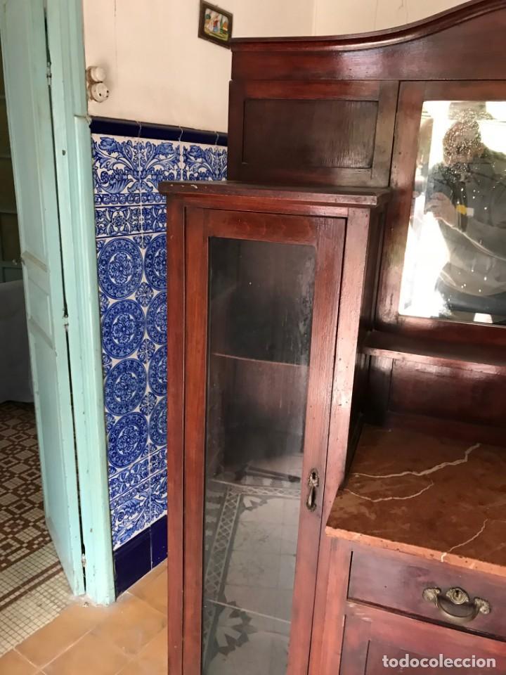 Antigüedades: Aparador ardeco, mármol rojo y patas torneadas con remate de bronce - Foto 9 - 150961518
