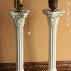 Antigüedades: RARAS LAMPARAS COLUMNAS CAPITELES CORINTIAS CERÁMICA BLANCA VALENCIA MANISES UNICAS EN TC!!!. Lote 150976430