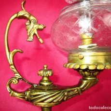 Antigüedades: LAMPARA ANTIGUA ESTILO IMPERIO EN BRONCE CON DRAGON. Lote 151026806