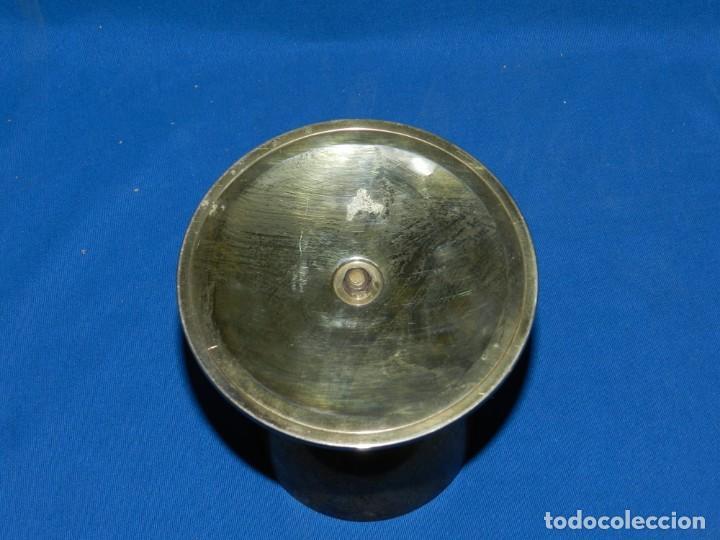 Antigüedades: (M) CALIZ DE PLATA 915 , PLATA EN SU COLOR Y PLATA DORADA, BASE CON MARTELE MITAD S.XX - Foto 4 - 151072202