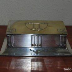 Antigüedades: CAJA DE METAL ART NOUVEAU - WMF - LATÓN BAÑO DE PLATA - TABAQUERA - CIGARRERA - JUGENDSTIL - C.1900. Lote 151074974