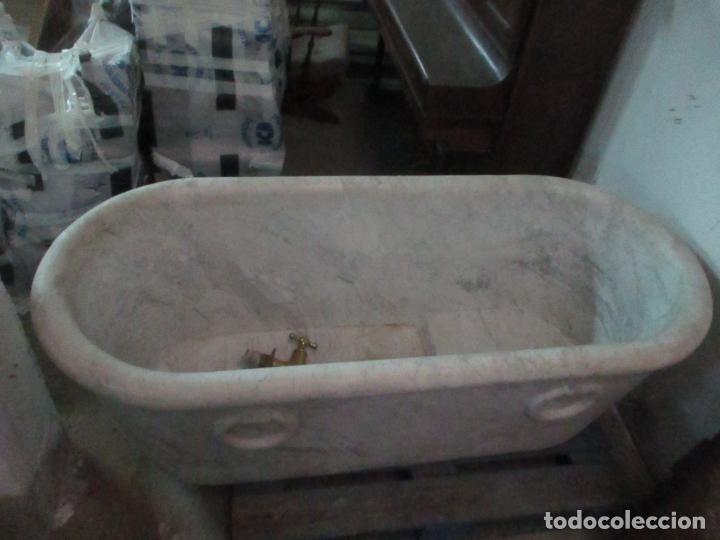 Antigüedades: Antigua Bañera de Mármol - Bañera de una Pieza de Mármol Tallado - con Grifería Original - S. XIX - Foto 4 - 151080794