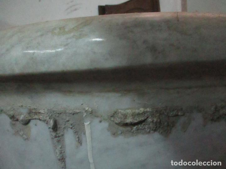 Antigüedades: Antigua Bañera de Mármol - Bañera de una Pieza de Mármol Tallado - con Grifería Original - S. XIX - Foto 17 - 151080794