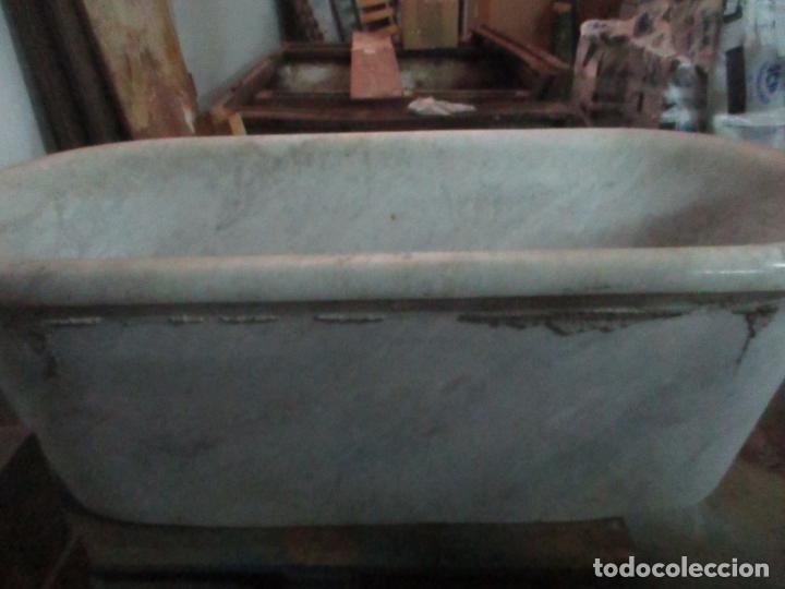 Antigüedades: Antigua Bañera de Mármol - Bañera de una Pieza de Mármol Tallado - con Grifería Original - S. XIX - Foto 18 - 151080794