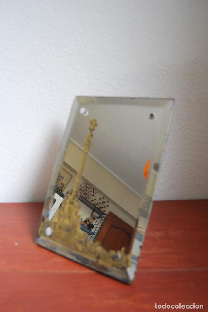Antigüedades: PRECIOSO ESPEJO MODERNISTA DE SOBREMESA - MONUMENTO A COLÓN BARCELONA - EXPOSICIÓN UNIVERSAL 1888 - Foto 4 - 151080882