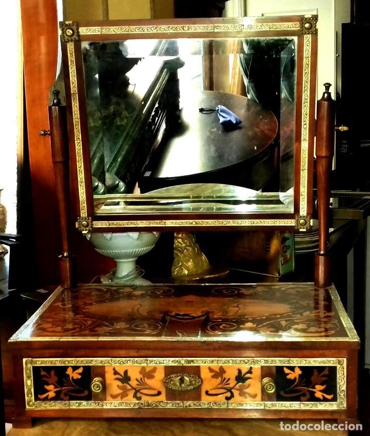 Antigüedades: Tocador con espejo antiguo de taracea, trabajo italiano SXIX - Foto 3 - 151092650