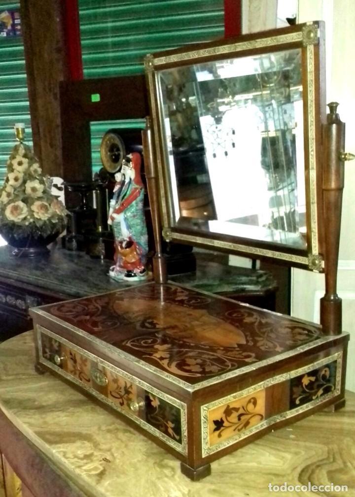 Antigüedades: Tocador con espejo antiguo de taracea, trabajo italiano SXIX - Foto 5 - 151092650