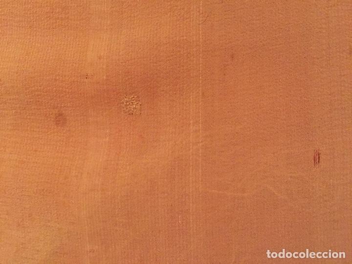 Antigüedades: Antiguo mantón liso color mostaza - Foto 6 - 151129348