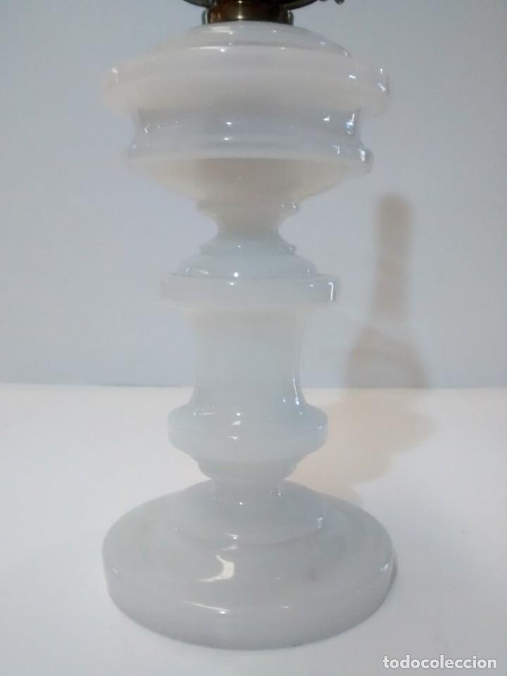 Antigüedades: QUINQUE OPALINA BLANCA - Foto 5 - 151144290