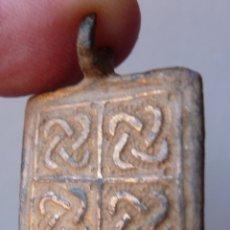 Antigüedades: AMULETO ROMANO. Lote 151177180