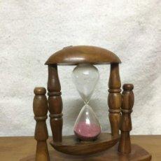 Antigüedades: RELOJ DE ARENA ANTIGUO. 3 MINUTOS. 16X18CM. Lote 151210354