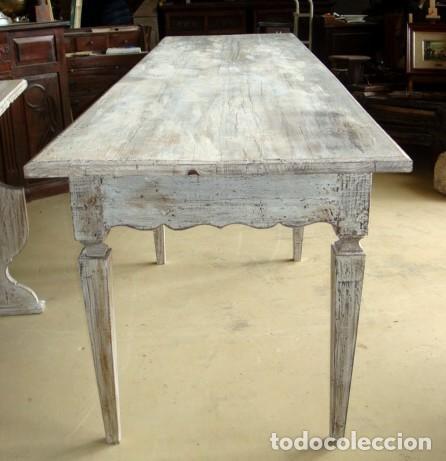 Antigüedades: Mesa consola rustica patinada en blanco, con 2 cajones y 6 patas 2,86 metros de largo - Foto 8 - 151231130