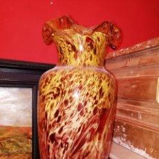 Antigüedades: JARRÓN EN CRISTAL JASPEADO POSIBLEMENTE MURANO SIGLO XX PPSS. Lote 151239237