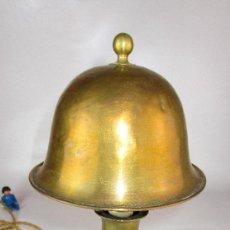 Antigüedades: PRECIOSA LAMPARA NAUTICA DE MESA PARED ART DECO CIRCA 1900 SISTEMA CARDAN. Lote 151254646