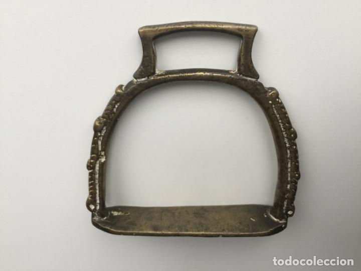 Antigüedades: ESTRIBO DE BRONCE - STIRRUP BRASS - Foto 3 - 151260558