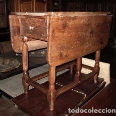 Antigüedades: MESA DE ALAS RUSTICA ANTIGUA CON 1 CAJON . Lote 151277094