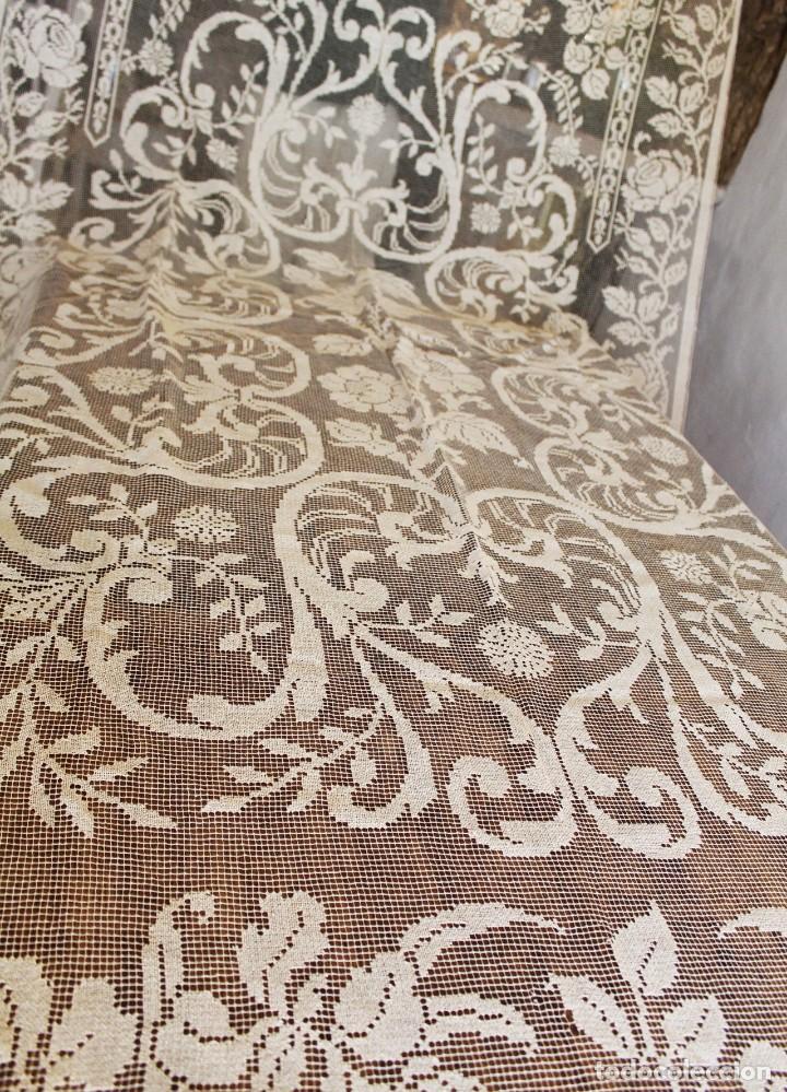 Antiquitäten: t10 Gran cortina Art Nouveau totalmente manual tela bordado de malla-. S XIX. 300x140 cm - Foto 2 - 151307598
