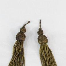 Antigüedades: 13A BORLONES EN HILOS DE ORO METÁLICA S XIX. Lote 151358890