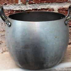 Antigüedades: ANTIGUA OLLA DE ALUMINIO. TAMAÑO 16 CM DE ALTURA POR 20 CM DE DIÁMETRO. Lote 151359050