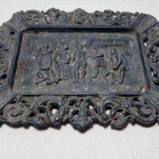 Antigüedades: CENICERO DE PLOMO LABORATORIO SUR DE ESPAÑA MÁLAGA (FRAGUA VULCANO / VELAZQUEZ) AÑOS 50 . Lote 151372658