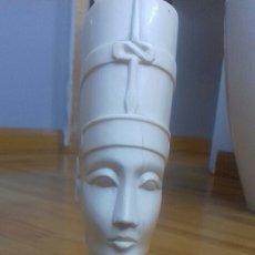 Antigüedades: FIGURA DE MARFIL REINA EGIPCIA. Lote 151379592