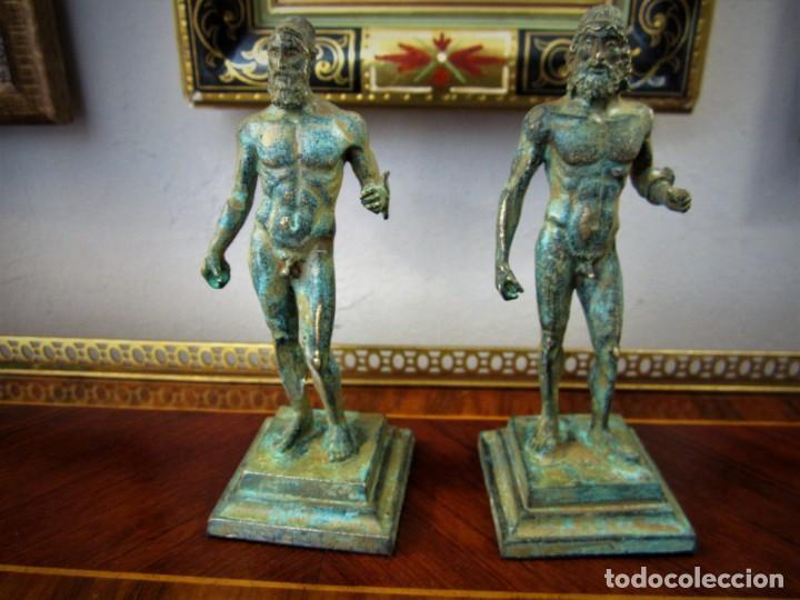 PRECIOSAS FIGURAS GRIEGAS DE BRONCE (Antigüedades - Hogar y Decoración - Figuras Antiguas)