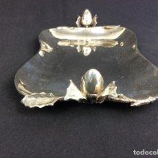 Antigüedades: BANDEJA DE PLATA - CONTRASTE ESTRELLA. Lote 151503250