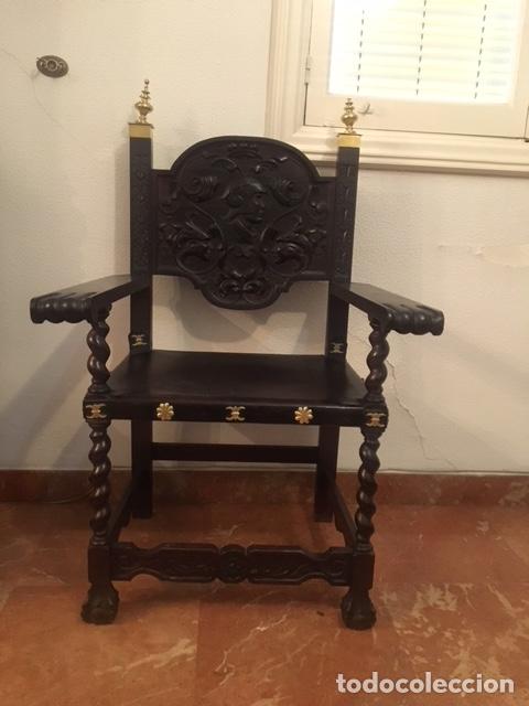 Antigüedades: Comedor de caoba completo, Mesa extensible, vitrina, aparador, reloj de pared, 6 sillas y dos sillon - Foto 5 - 151532320