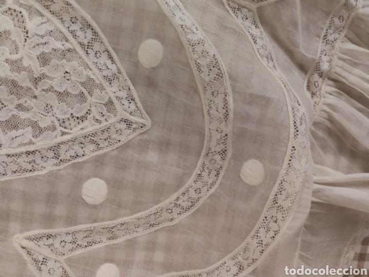 Antigüedades: ANTIGUO FALDON ENCAJE PUNTILLA BORDADO SIGLO XX - Foto 4 - 151540026