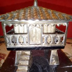 Antigüedades: ANTIGUO HORREO EN PLATA DE LEY CONTRASTADA BASE EN MÁRMOL. Lote 151559006