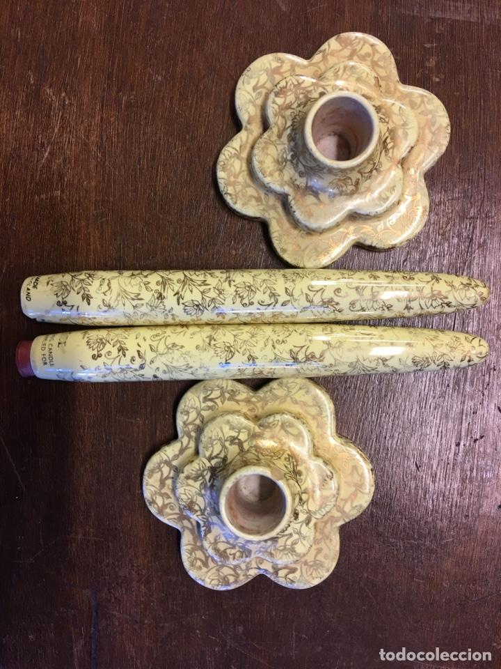 Antigüedades: Pareja de velas eternas WADE en cerámica inglesa - Everlasting Candle - Detalles dorados - Foto 5 - 151590456