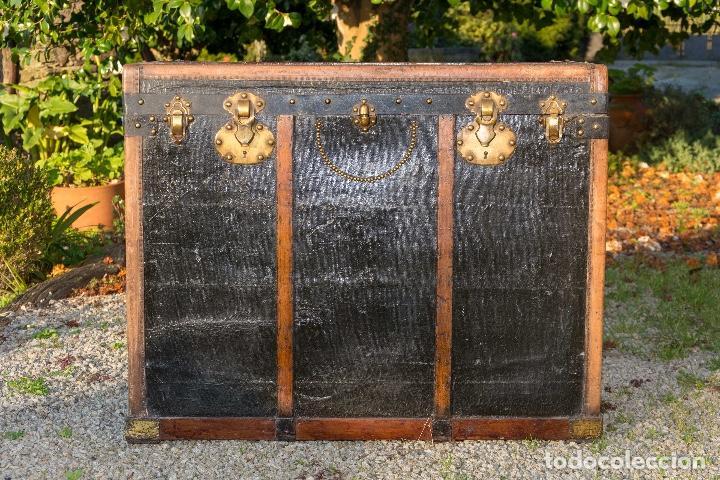 BAUL DE COCHE 1900 (Antigüedades - Muebles Antiguos - Baúles Antiguos)