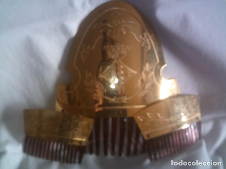 Antigüedades: ~~~~ JUEGO DE PEINETAS FALLERA VALENCIANA, BELLISIMO CINCELADO A MANO. ~~~~ - Foto 4 - 151653290
