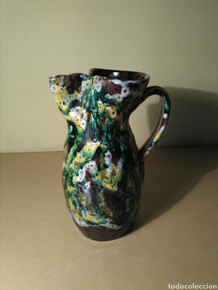Antigüedades: Jarra cerámica vidriada firmada SANGUINO (TOLEDO ) - Foto 2 - 151653794