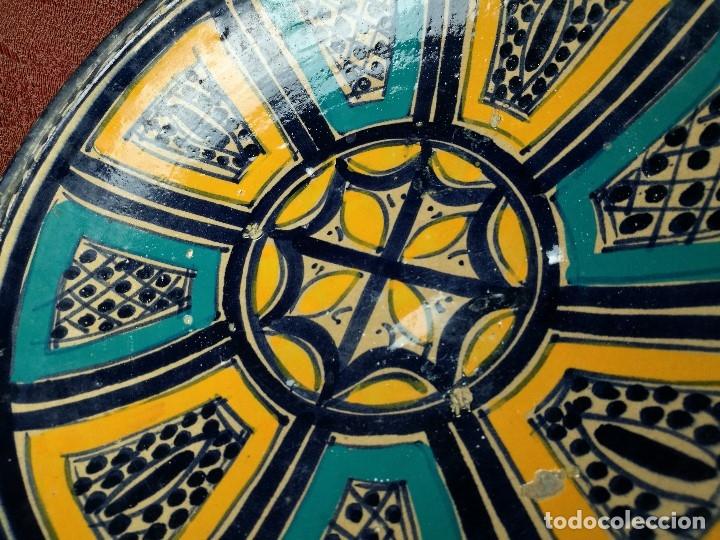 Antigüedades: CERAMICA. SEVILLA. TRIANA. PLATO GRANDE FUENTE LEBRILLO DE LOS AÑOS 20 - Foto 6 - 151687806