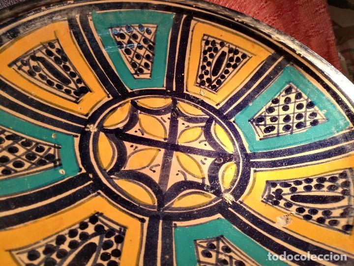 Antigüedades: CERAMICA. SEVILLA. TRIANA. PLATO GRANDE FUENTE LEBRILLO DE LOS AÑOS 20 - Foto 7 - 151687806