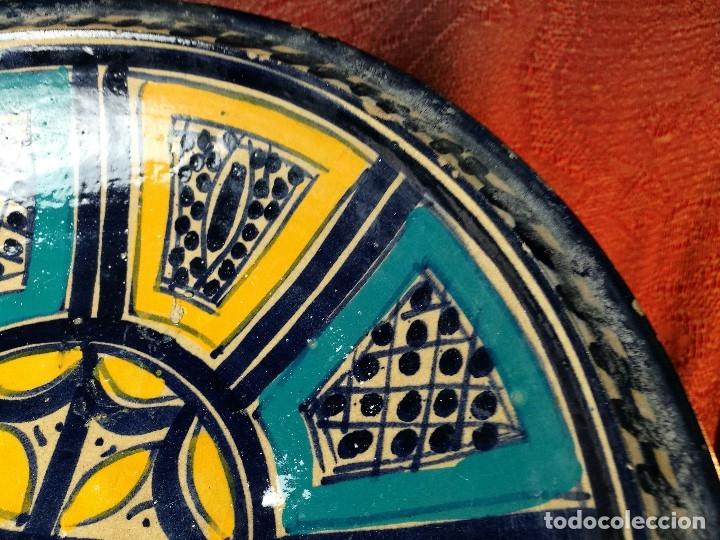 Antigüedades: CERAMICA. SEVILLA. TRIANA. PLATO GRANDE FUENTE LEBRILLO DE LOS AÑOS 20 - Foto 18 - 151687806