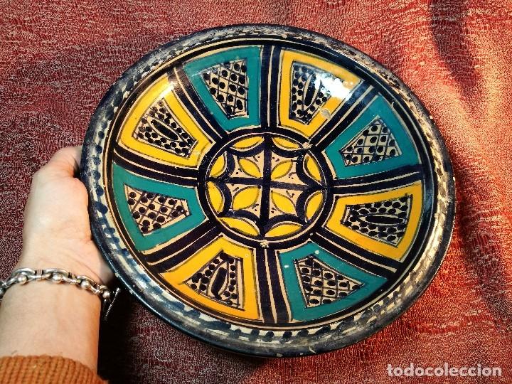 Antigüedades: CERAMICA. SEVILLA. TRIANA. PLATO GRANDE FUENTE LEBRILLO DE LOS AÑOS 20 - Foto 27 - 151687806