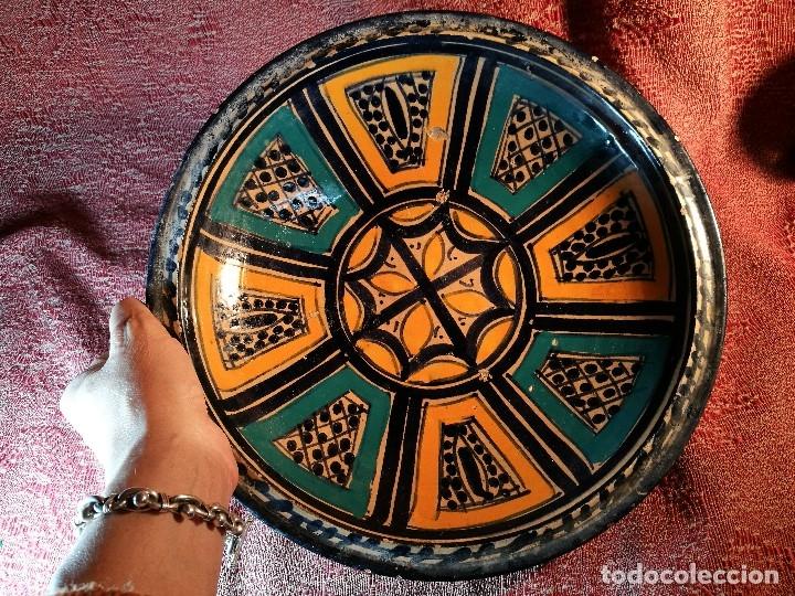 Antigüedades: CERAMICA. SEVILLA. TRIANA. PLATO GRANDE FUENTE LEBRILLO DE LOS AÑOS 20 - Foto 32 - 151687806